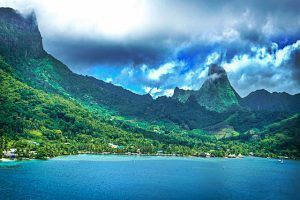 Relax in Tahiti. 100 things to do before you die. My bucket list