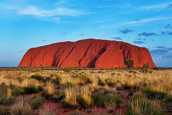 Monte Uluru. Que ver en Australia y las mejores cosas que hacer en Australia