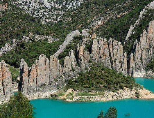 Muralla China de Finestres. Viajes por Aragón